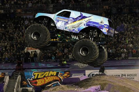 monster truck show in florida orlando florida monster jam january 25 2014 hooked
