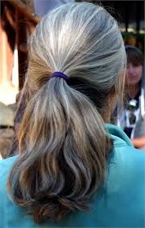 reverse hombre hairstyle to grow out grey 1000 images about hair on pinterest giving up the grey