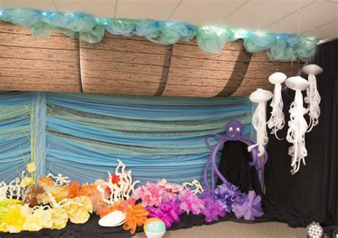 Vacation Bible School Decorating Ideas by Noah S Ark Decorating Idea For Commotion Vacation