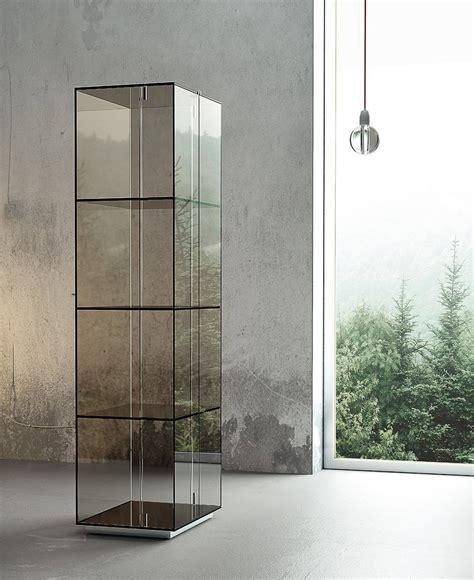mobili cristallo mobili con anta in vetro cose di casa
