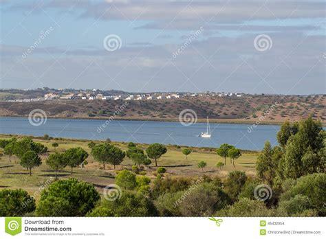 porto della spagna fiume di guadiana il confine portogallo e della spagna