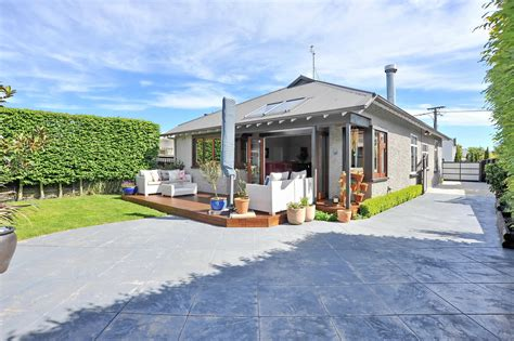 city house real estate 86 abberley crescent st albans christchurch city 8014 canterbury property real estate in