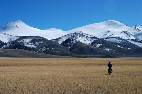 tibetan mountain mountains in tibet climbing hiking mountaineering summitpost