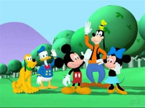 Mickey And The Suit 1 space suit mickeymouseclubhouse wiki fandom powered by wikia