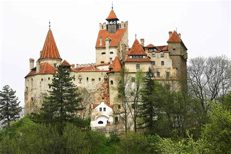 home of dracula castle in transylvania two canadians slept in dracula s castle pound travel