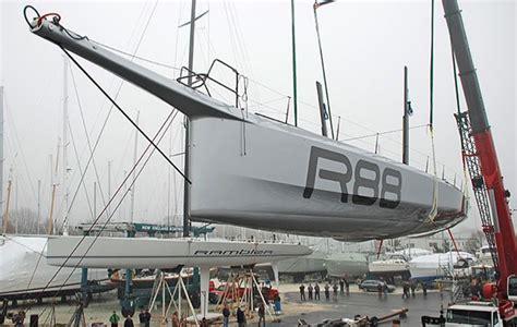 carbon maxi rambler  launched  rhode island   juan  designed handicap weapon