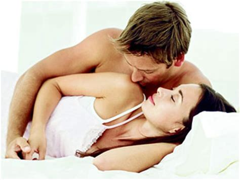 how to look sexier in bed health bulletin co increase your morning intimacy