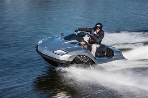 Wasser Motorrad by Hibious Motorcycle Hits The Water Motorbike Writer