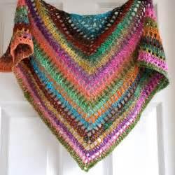 triangular crochet shawl in gypsy style by izabelamotyl on