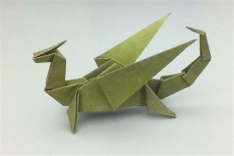 une origami serviette resplendit la table et vous donne