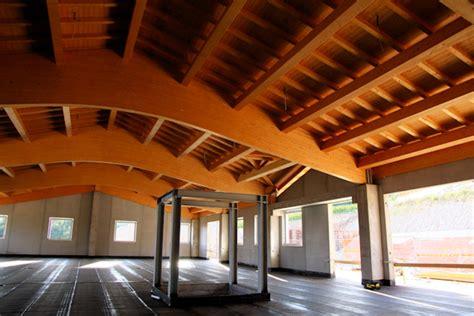 capannone in legno idee per il progetto e costruzione capannone industriali