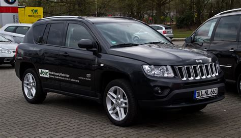 jeep compass limited black file jeep compass 2 2 crd limited 70th anniversary edition