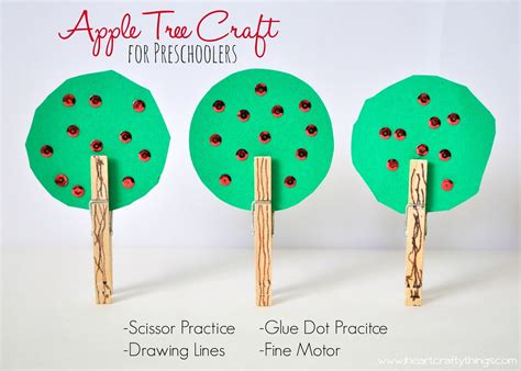 tree crafts apple tree craft for preschoolers i crafty things