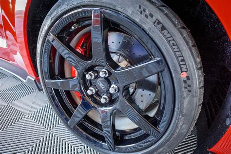 Wheels Ford Shelby Gt350r Kuning track day 2016 ford performance shelby gt350 gt350r 95 octane
