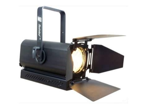 eclairage fresnel projecteur led twinled lentille fresnel 75 w 5600 k rve