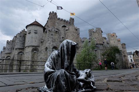 design art gent trip to uk london guardians of time manfred kili