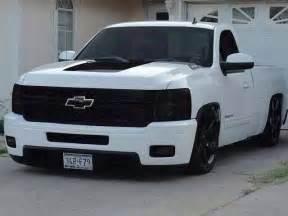 Custom White Truck Wheels White Gmc Trooper Chevrolet Trucks