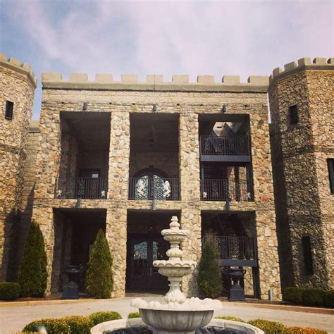The Castle Post Versailles Ky Bed Breakfast Wedding