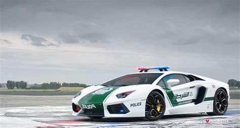 Schnellstes Auto Der Welt Dubai by Schnellste Teuerste Streifenwagen Der Welt