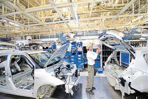 Suzuki Plant Maruti Suzuki Steps Up Hiring Of Contract Workers Livemint