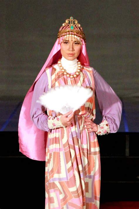 Baju Muslim Zalora 3 Desainer Kondang Indonesia Unjuk Gigi Foto 2