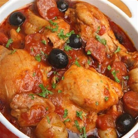 Main Dish Crock Pot Recipes - slow cooker spanish chicken stew magic skillet