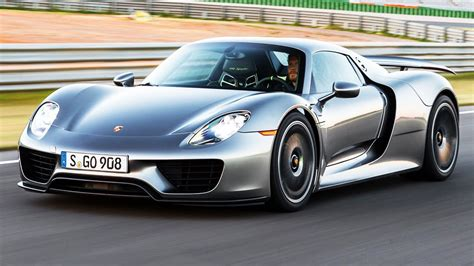 fastest porsche 918 2015 porsche 918 spyder first test fastest 0 60 time ever
