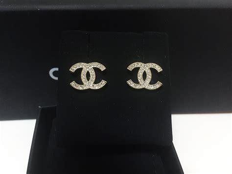authentic chanel 2015 cc logo classic gold stud earrings earrings