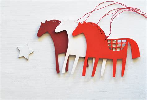 wooden horse christmas ornaments set of 3 folk tree