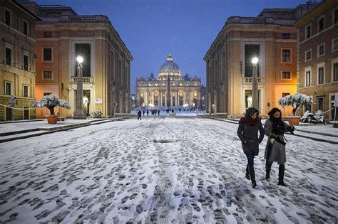 il vento nord testo meteo il vento siberiano congela l italia neve a roma