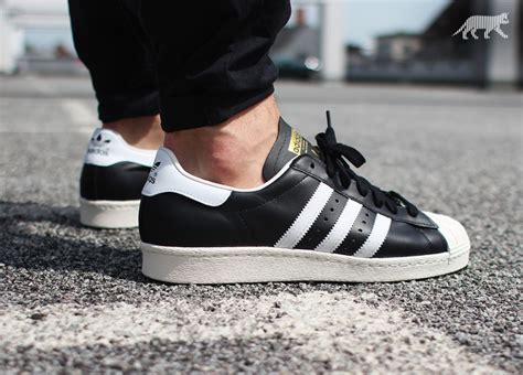 Adidas Superstar Cowok Premium White 1 adidas superstar 80s black white chalk asphaltgold