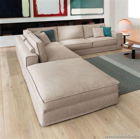 divani piccoli divani piccoli grande comfort idee per il design della casa