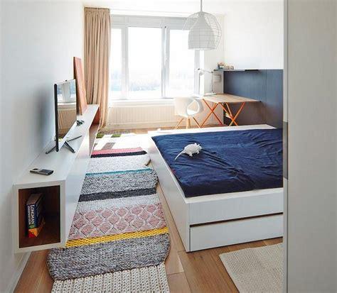 shahrukh bedroom salman khan bedroom photo