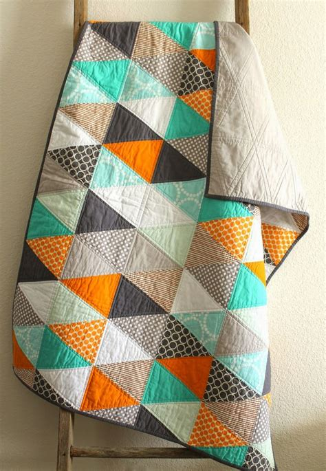 triangle pattern baby quilt 89 best quilt isosceles triangle images on pinterest