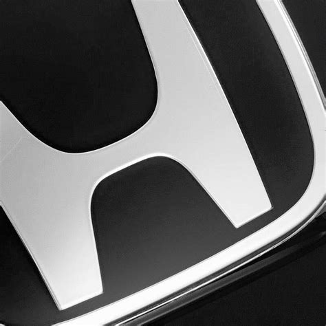 jdm black h emblem 06 15 honda civic 4dr sedan front and