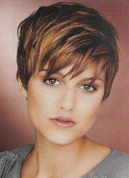 i need a hair cut for thin hair and fine hair over 50 this is how i need to style my hair right now i have the