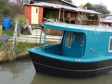 narrow bow of a boat unusual narrowboat bow narrowboat love pinterest