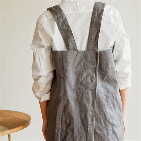 free pattern japanese apron a japanese style apron tutorial the hearty home