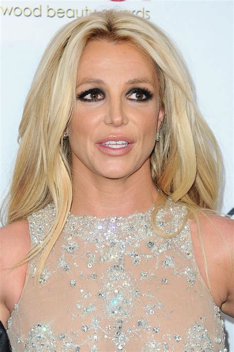 Britney Spears – 2018 Hollywood Beauty Awards in LA Britney Spears