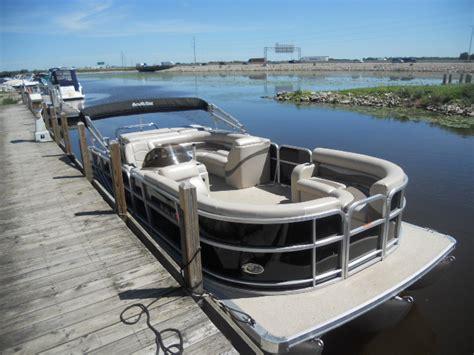 south bay pontoon boats south bay 520 cruiser pontoon boats used in oshkosh wi