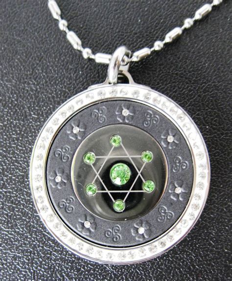 qp12g quantum pendant scalar energy limited edition green
