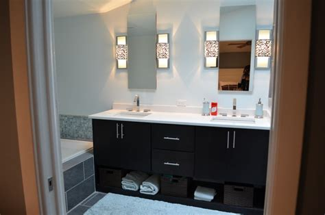 Bachelor Pad Bathroom by The Bachelor S Pad Designer Liz Bonar