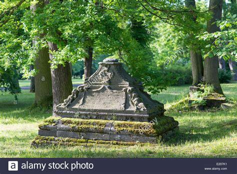 Garten Kaufen Meiningen by Historische Gr 228 Ber Englischen Garten Einen Gesch 252 Tzten