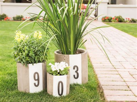 Diy Modern Planter by Diy Modern House Number Planters Hgtv