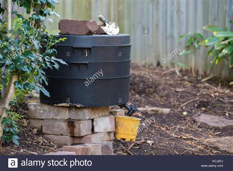 Backyard Worm Farm by A Backyard Worm Farm In A Sydney Garden In Australia
