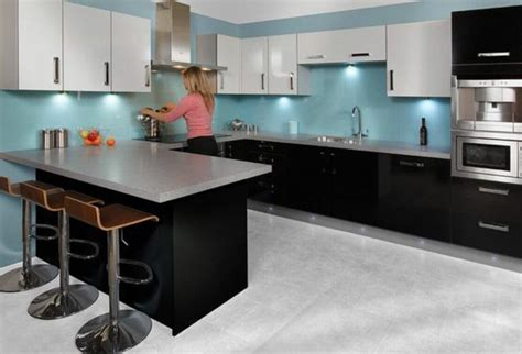 arbeitsplatte küchen wohnzimmer gr 252 n wei 223 grau