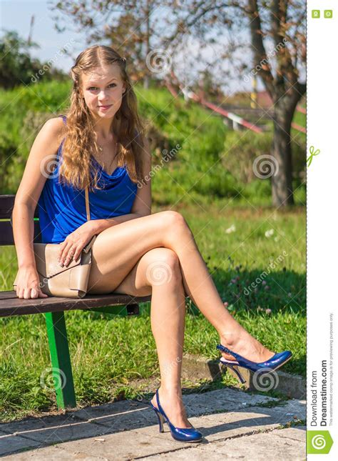 naked on the bench sexy lady young