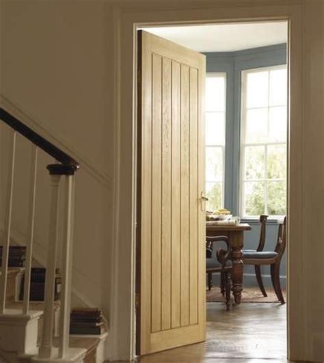 Dordogne Oak Internal Hardwood Doors Doors Joinery Howdens Exterior Doors