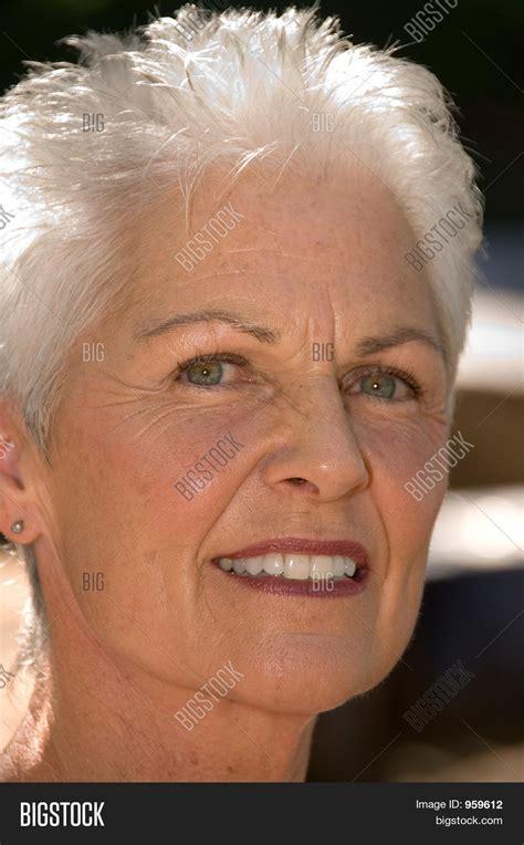 hairvstylesbforvfullerfacedb60 year old women beautiful 55 60 year old woman image photo bigstock