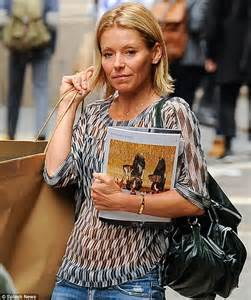 where did kelly ripa move in nyc 2014 kelly ripa goes make up free as she arrives home after